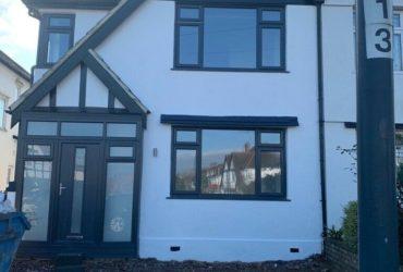 Casa recent renovata cu 4 camere si 2 bai in Wembley