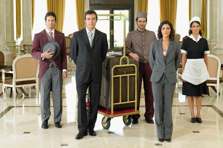 Angajam personal hotelier!