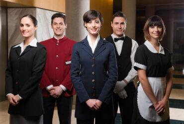 Angajam personal in hotel si restaurant